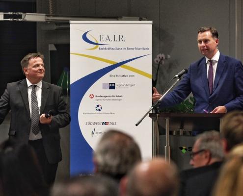 IHK Region Stuttgart zu Gast bei SCHATZ, v. l. n. r.: Claus Paal, MdL; Stephan Mayer, MdB