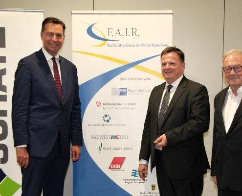 IHK Region Stuttgart zu Gast bei SCHATZ, v. l. n. r.: Stephan Mayer, MdB; Claus Paal, MdL; Ulrich Schatz