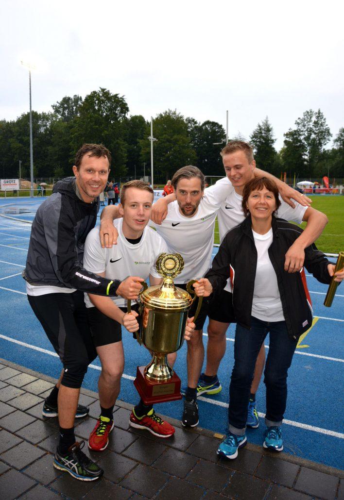 v. l. n. r.: Wolfgang Pail, Christian Krathwohl, Hans-Peter Weber, Tobias Holz, Bettina Maczey